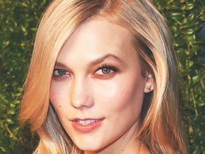Karlie Kloss Shares Major Wisdom on Her 23rd Birthday