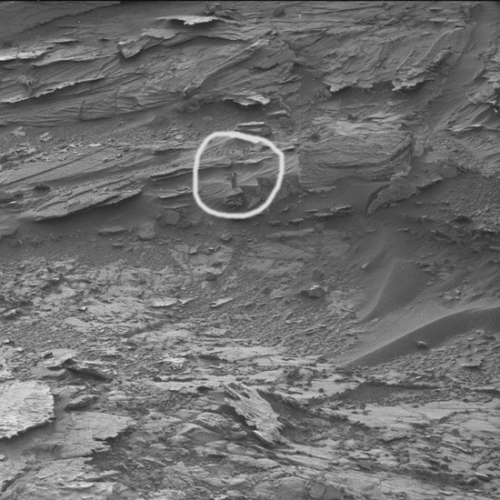 Woman-Like Figure Spotted on Mars