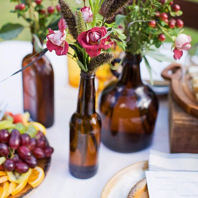 Creative Ways to Serve Beer at a Wedding