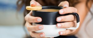 This Crisp, White-Striped Mani Makes Us Really Hungry For Oreos