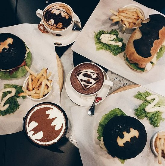 DC Comics Superheroes Cafe