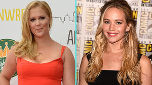 Jennifer Lawrence and Amy Schumer Danced Barefoot on Billy Joel's Piano in Chicago - See the Video!