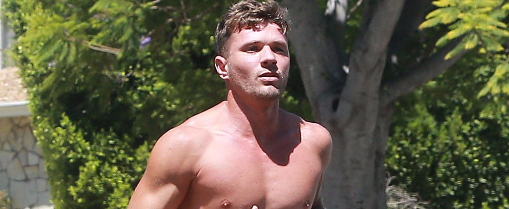 Ryan Phillippe Jogs Shirtless in LA, Much to the Delight of His Neighbors
