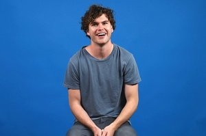 Vance Joy On 14 Dating Dealbreakers