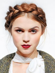 7 Ways to Wear Your Hair Up (That Don't Involve Ponytails)