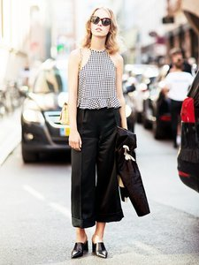Chic Inspiration for Styling Cropped Pants