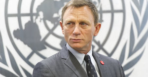 Daniel Craig Calls Out James Bond For Being 'Sexist'