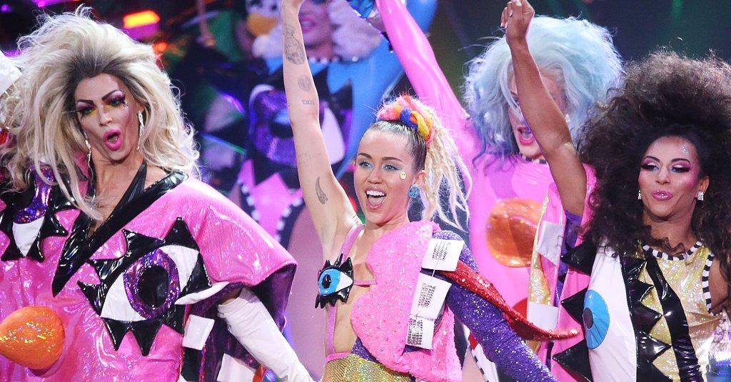14 Beauty Slang Terms We Learned Watching RuPaul's Drag Race
