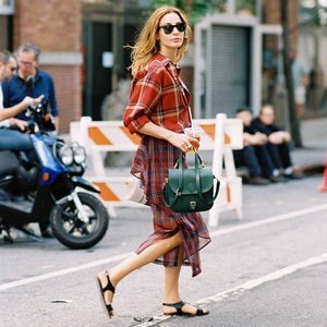 Last-Minute Labor Day Outfits (That'll Get You Excited For Fall)