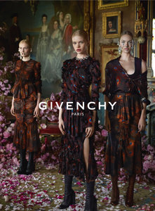 This is Not a Drill: Givenchy's First NYC Runway Show is Open to the Public