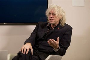 Bob Geldof to 4 Syrian Families: Come Stay in My Homes