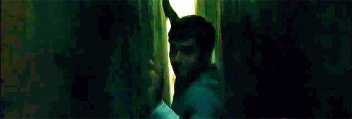 GIFs of Dylan O'Brien in The Maze Runner