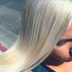 Hand-Pressed Hair Color Trend