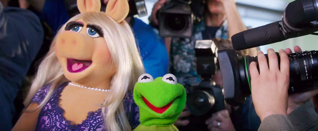 Kermit and Miss Piggy Share an Awkward Lunch in This Great Emmys Promo