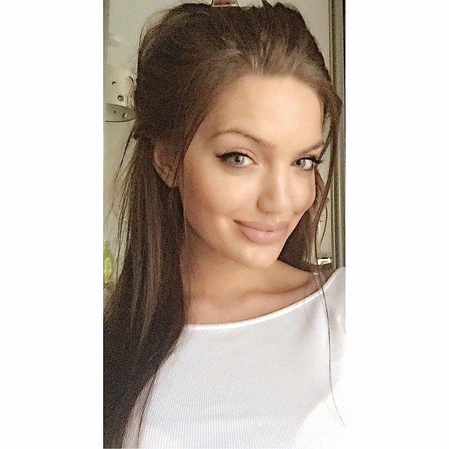 Pornstar Looks Like Angelina Jolie 89