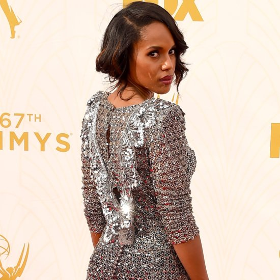 Kerry Washington Taking a Selfie at the Emmys