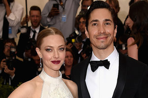 Your Weekly Gossip Roundup: Justin Long And Amanda Seyfried Call It Quits, Blake Lively Shuts Down Her Website, And More
