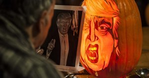 How To Carve Donald Trump's Face Into A Pumpkin This Halloween
