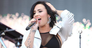 Demi Lovato Challenges Stigma Surrounding Mental Illness After Oregon Shooting
