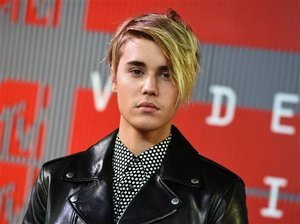 Justin Bieber Pissed (but Not Really) About Nude Photos