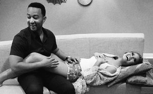 Our 5 Predictions For Chrissy Teigen's Pregnancy