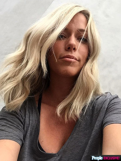 Kendra Wilkinson Debuts Short and Sweet New Haircut: 'It's Freeing'