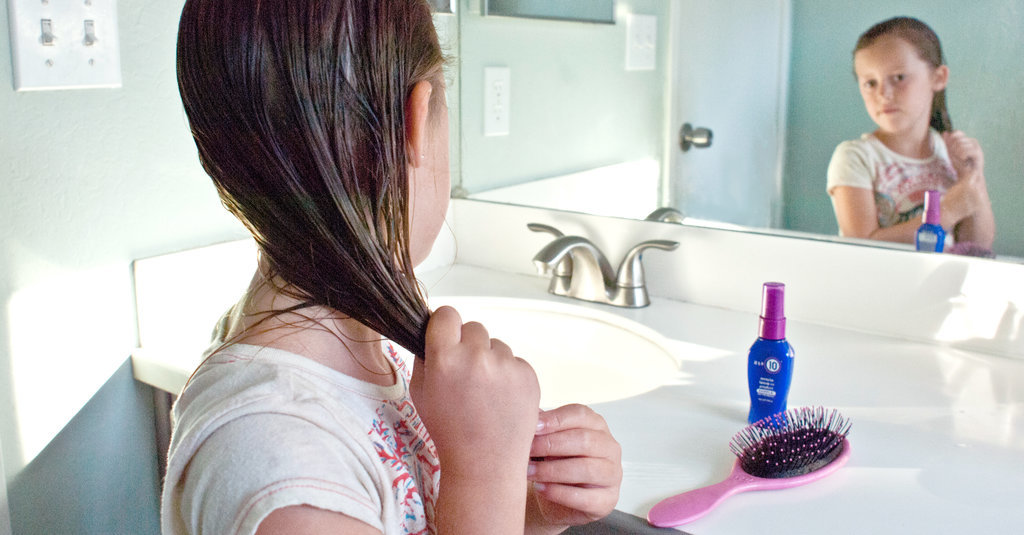 3 Ways to Make Bath Time Easier For Kids With Dry Hair and Skin