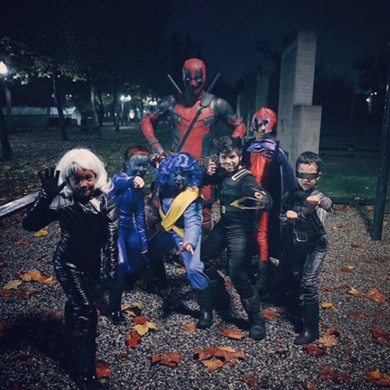 Ryan Reynolds Swears at Kids in Deadpool Costume