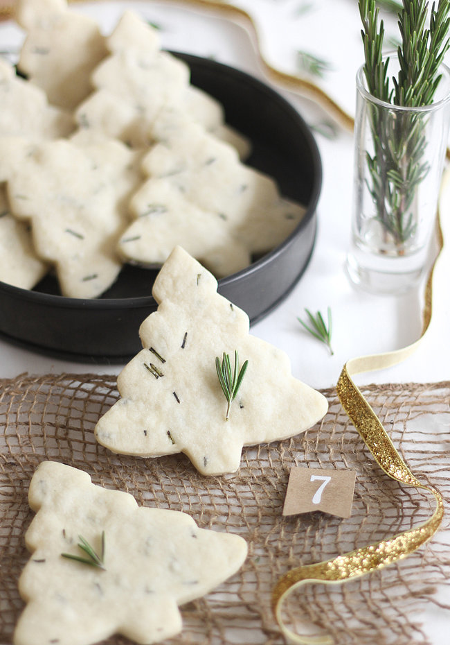 Sweet And Savory The 50 Most Beautiful Christmas Cookies You Ll See This Year Popsugar Food