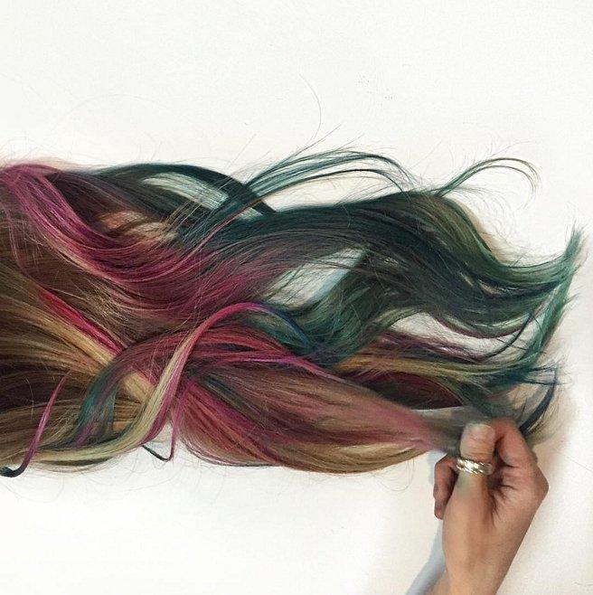 Fluid hair painting trend popsugar beauty for Fluid hair painting