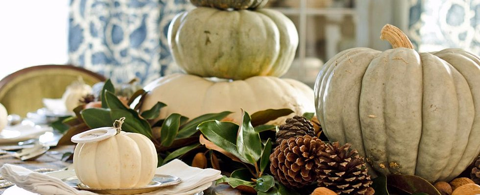 Tips For Setting a Rustic Thanksgiving Table