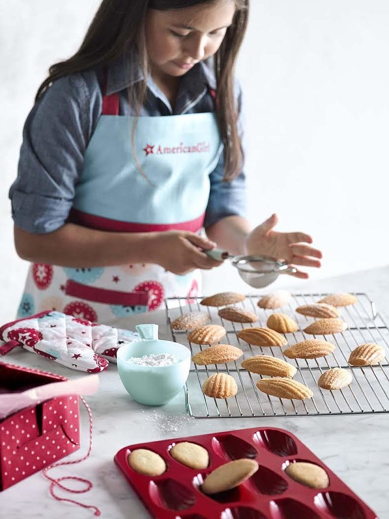 For 8-Year-Olds: Williams-Sonoma American Girl Bakeware