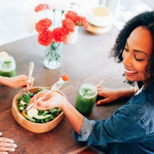How a Registered Dietitian Eats Out