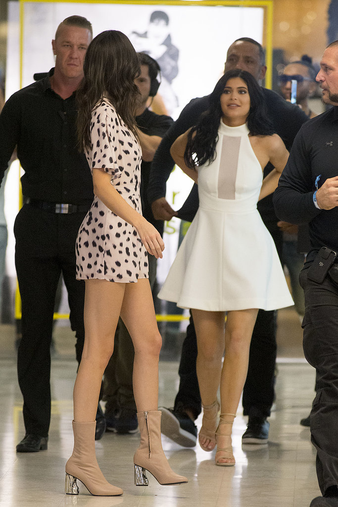 Kendall And Kylie Jenner Outfits In Australia Popsugar Fashion Australia