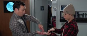 """Justin Bieber and Jimmy Fallon's """"Secret Handshake"""" Is Funny as Hell"""