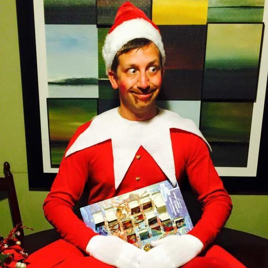 A Dad's Elf on the Shelf Photo Shoot