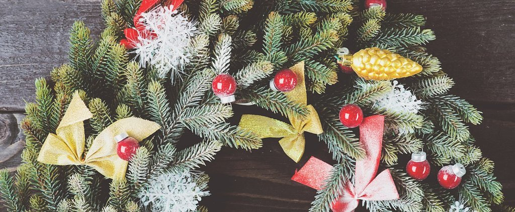 35 Beautiful Christmas Wreaths You Can Try at Home