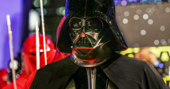 Star Wars Fans Lose Their Minds When Theater Projector Breaks