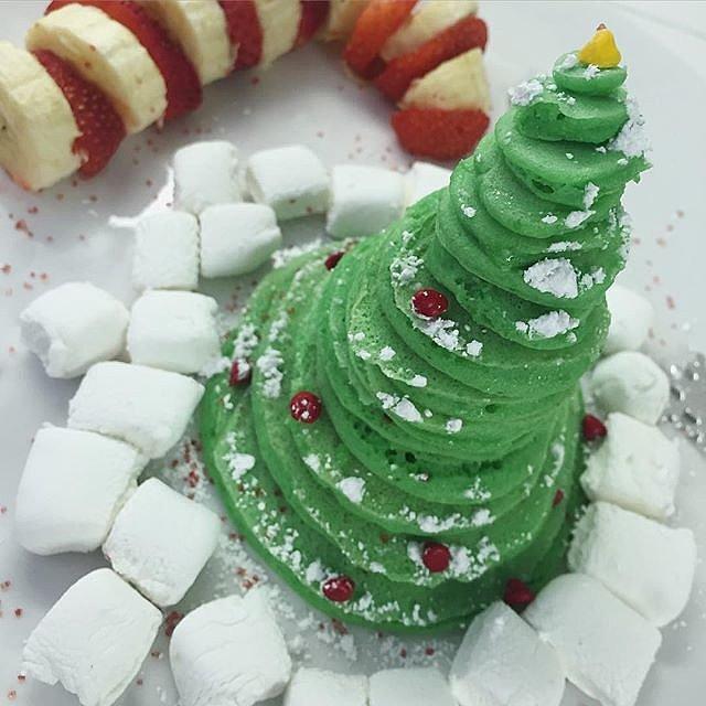 Towering Christmas Tree Pancakes