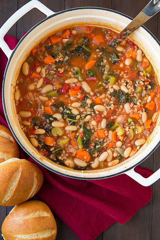 Mediterranean Kale, Cannellini, and Farro Stew