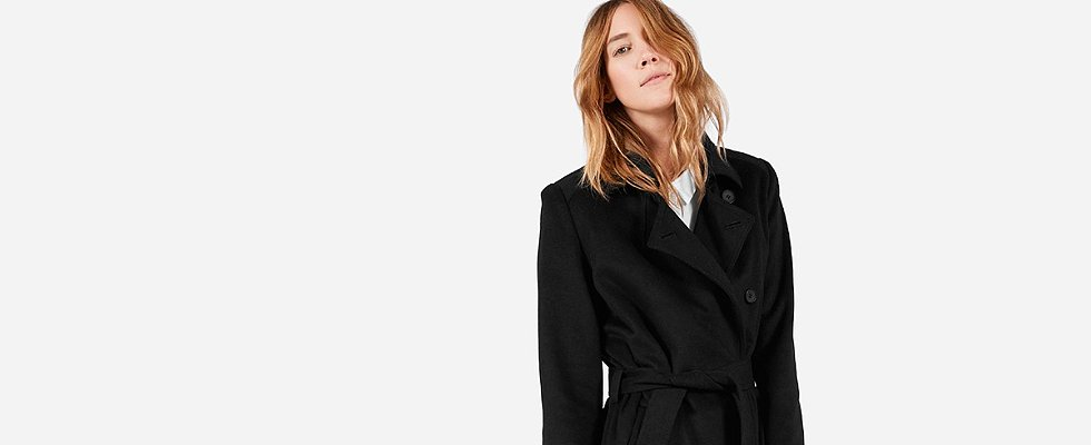 You Can Pick Your Own Price For Everlane's Sale — but There's a Catch