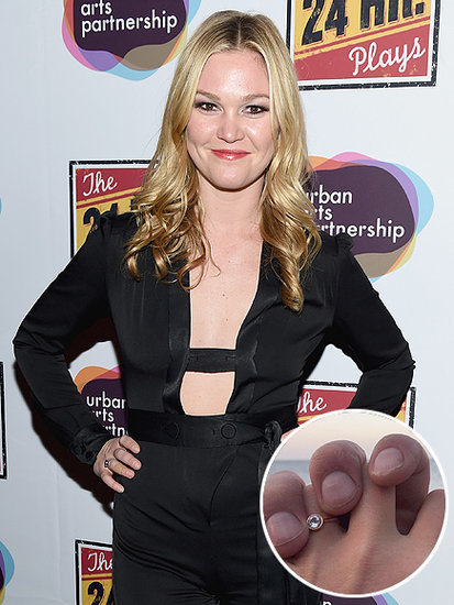 'Best Christmas Ever': Julia Stiles Is Engaged - See Her Beautiful Ring!