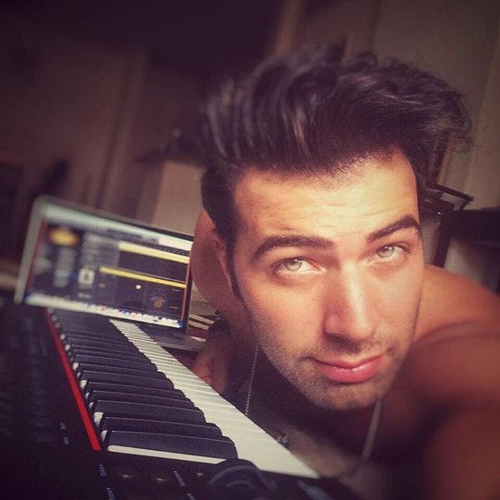 You'll Feel Weak at the Knees After Seeing Jencarlos Canela's Sexiest Instagrams