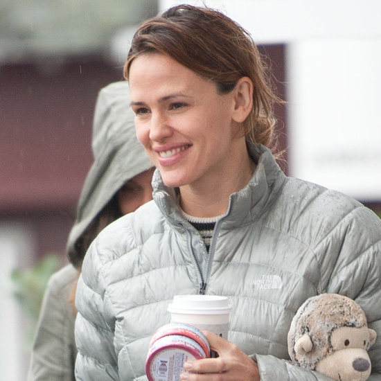 Jennifer Garner Out in LA January 2016 | Pictures