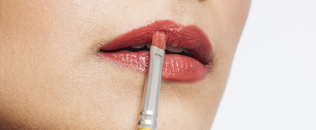 5 Simple Steps That Guarantee Smudge-Free Lipstick
