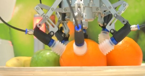 Now Robots Can Compare Apples To Oranges