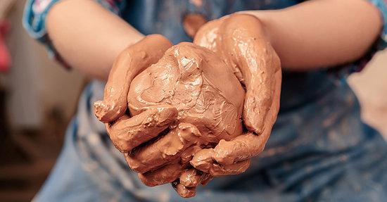 Mud: The Secret Weapon Against Antibiotic-Resistant Bacteria?