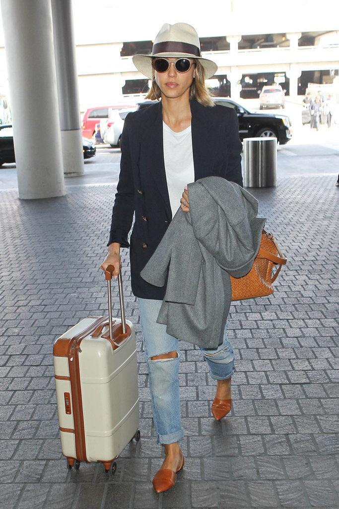Jessica Alba Travel Style Popsugar Latina