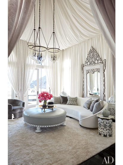 Step Inside the Ultra-Glam Homes of Khloé and Kourtney Kardashian