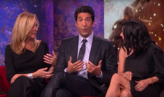 'Friends' Cast Finally Answers the Question of Who Hooked Up With Who IRL